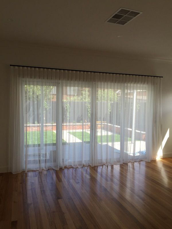 Sheer Curtains Using Decorator Black S Fold Track Curtains
