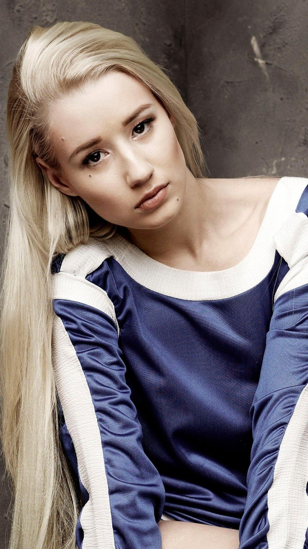 Wallpaper Phone Iggy Azalea Full Hd Iggy Azalea Iggy Gal Gadot