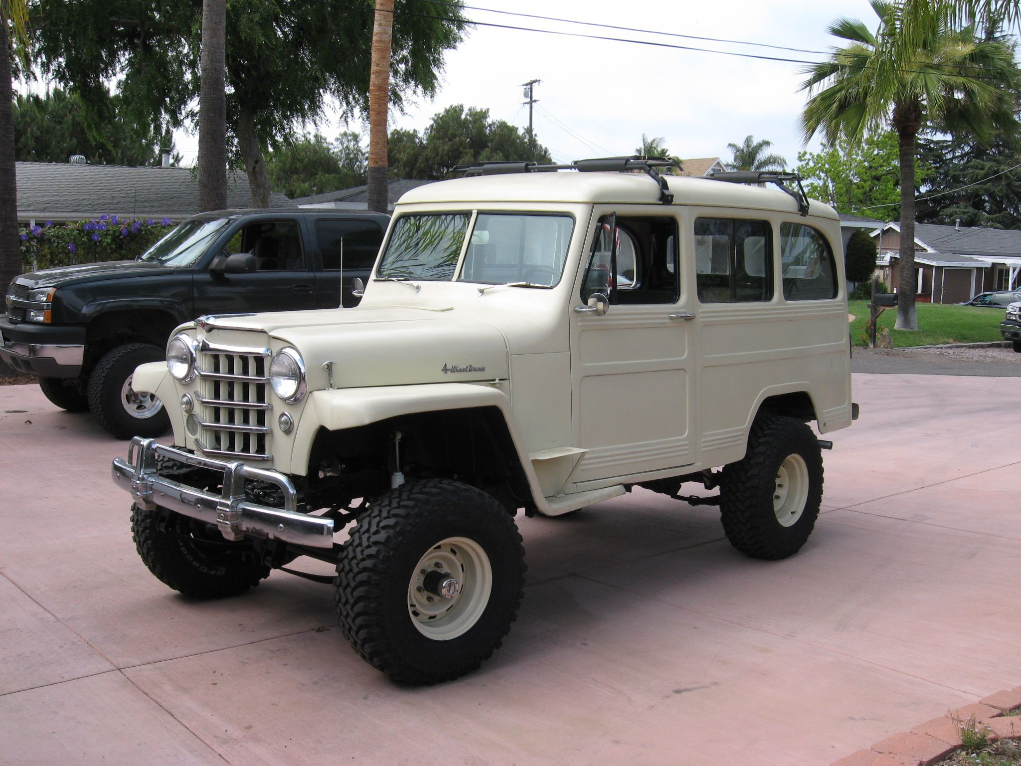 Old jeep pickup suvs jeep truck pinterest jeep pickup jeeps and cars