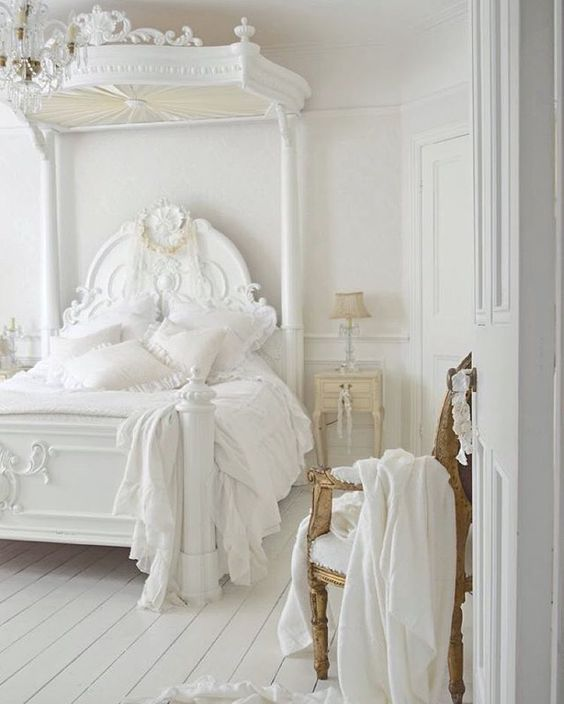 Photo of Dreamy. Shabby. White. March 17, 2016   ZsaZsa Bellagio – Like No Other