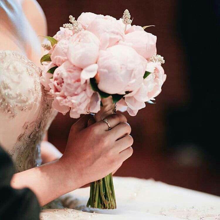Celebrity Wedding Flowers Centerpieces: Wedding Bouquets, Wedding, Beautiful