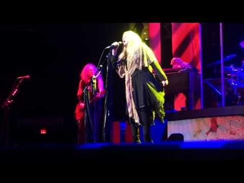 Stevie Nicks - Gold Dust Woman (LIVE) 10/29/2016 Houston,TX