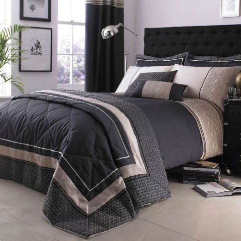 Black And Champagne Throw With Images Comforter Sets Bed
