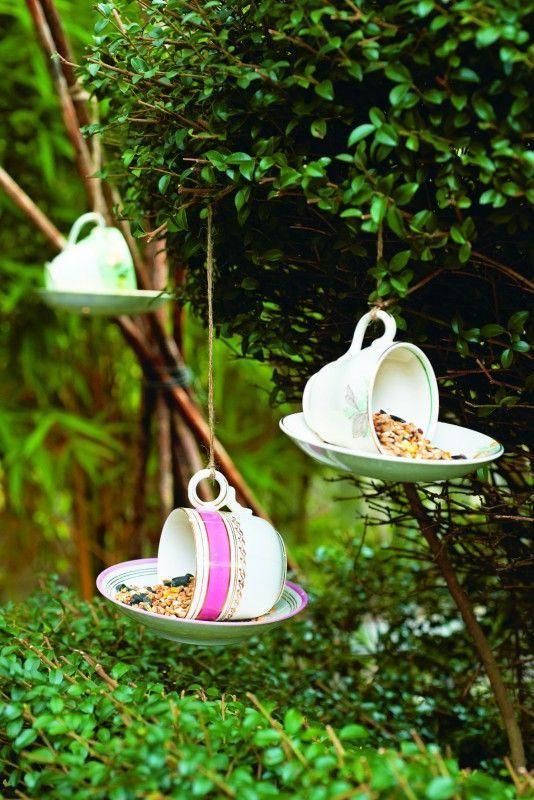 Amsel & Co freuen sich: So lässt sich Körnerfutter stilvoll knuspern ... #Vogelfutter   #DIY    ©️️️️ Claire Richardson Gerstenberg Verlag #fooddiy