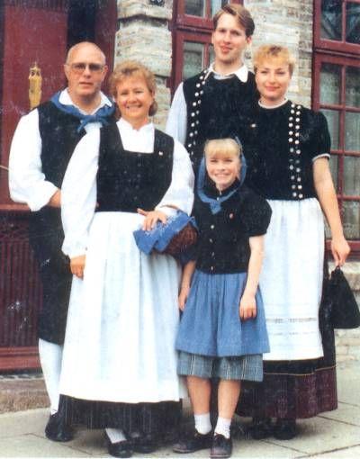 folkthings:    Trachten from Ostholstein, Schleswig-Holstein, Germany