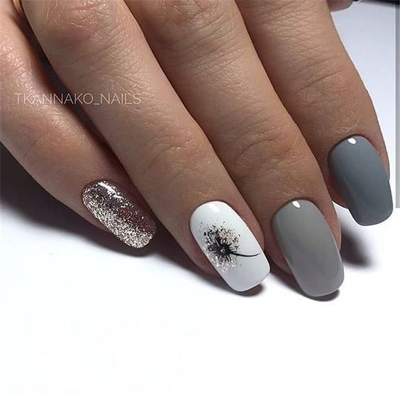 20 gel nails with silver color are so nice for a prom - ibaz