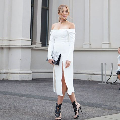 12 little white dresses to live in this summer http://ift.tt/20fvGyB #ElleCanada #Fashion #Trends #FashionTrends