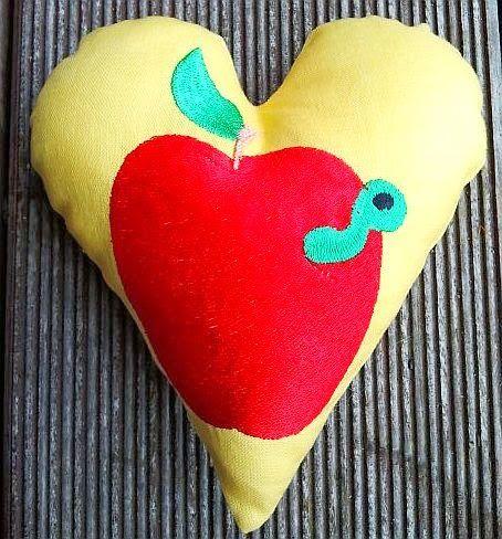 Hier mein 38. Herz für Euch: Der rote Zauberapfel