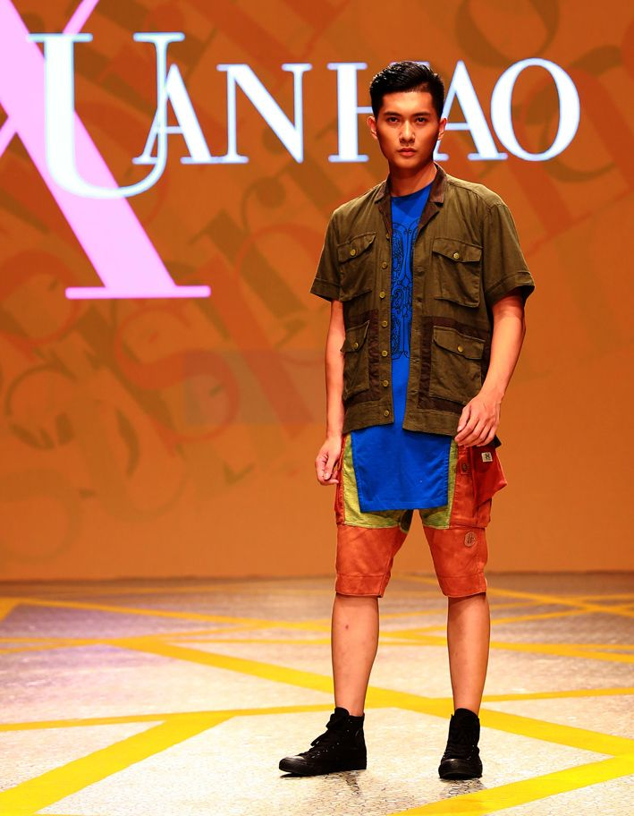 Vietnam Fashion Week SS16 - Ready to wear. Designer: Xuan Hao. Photo: Cao Duy