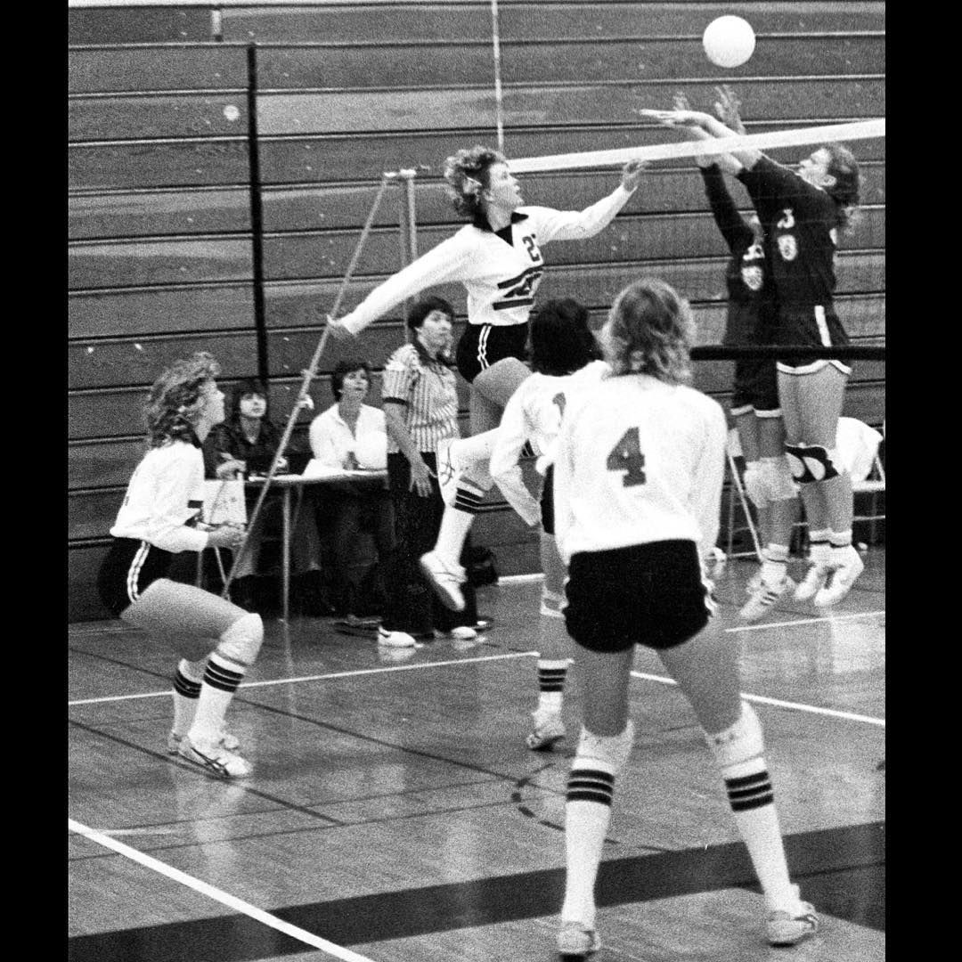 Scsulibrary On Instagram Tbt Scsu Volleyball Player Suzie Raskob Spikes The Ball In A 1981 Match Vs The College Of S Volleyball Players Players Volleyball