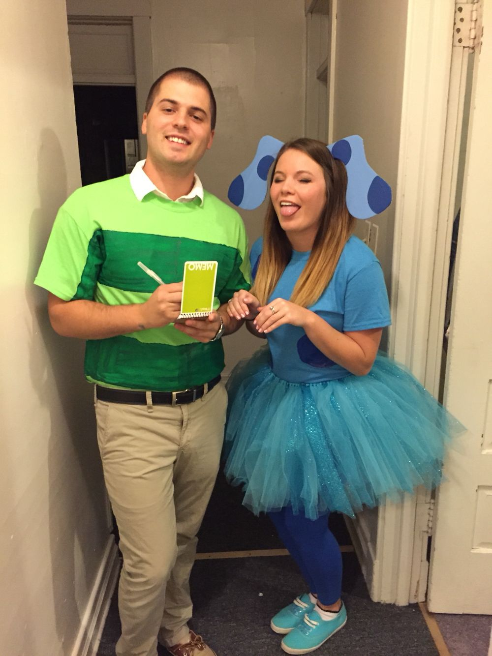 blues clues and steve! couple halloween costume diy | my halloween