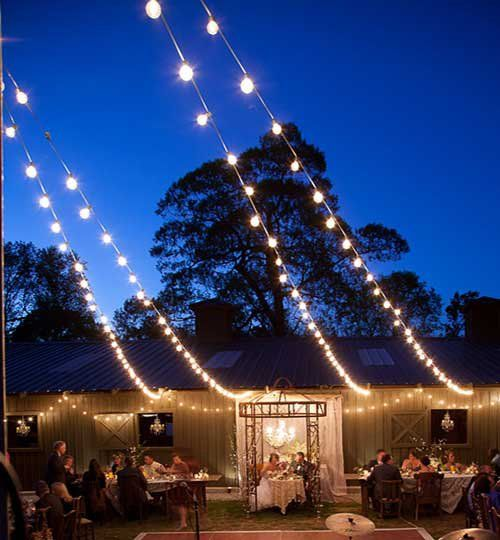 Amazing Patio Lights Hanging Techniques To Quickly Give You The Backyard Or Deck Of Your Dreams This S Hanging Patio Lights Patio Lighting Outdoor Fairy Lights