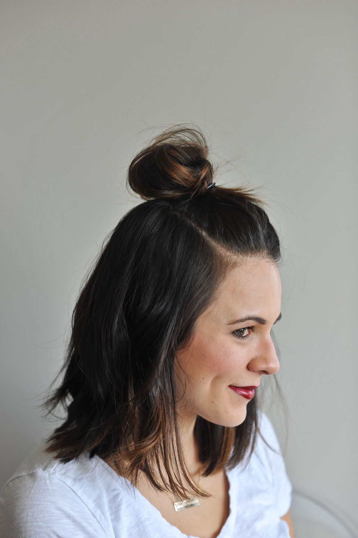 How To Do The Half Top Knot On Short Hair An Indigo Day Easy Updos For Medium Hair Top Knot Hairstyles Hair Styles