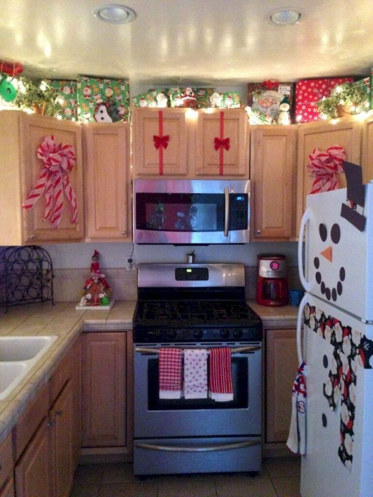 100 Fabulous Christmas Decor Ideas To Perfect Your Home Christmas Is Not So Far As It S Christmas Kitchen Decor Christmas Apartment Christmas Decor Diy
