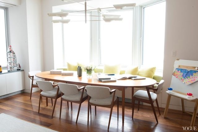 Dining Room Built In Bench Seating Oval Table Mid Century Modern Chairs Apartment House New York City Nyc Midtown
