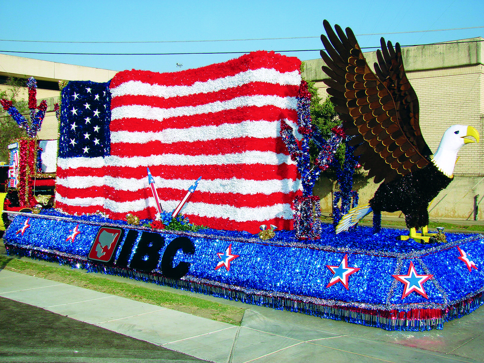 Flag Amp Eagle Parade Float Create Unique 4th Of July