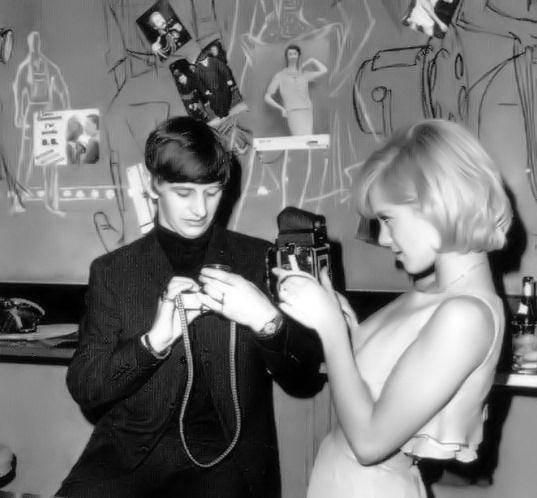 Pin By Rose Mamours On Sylvie Vartan The Beatles Ringo Starr Beatles Love