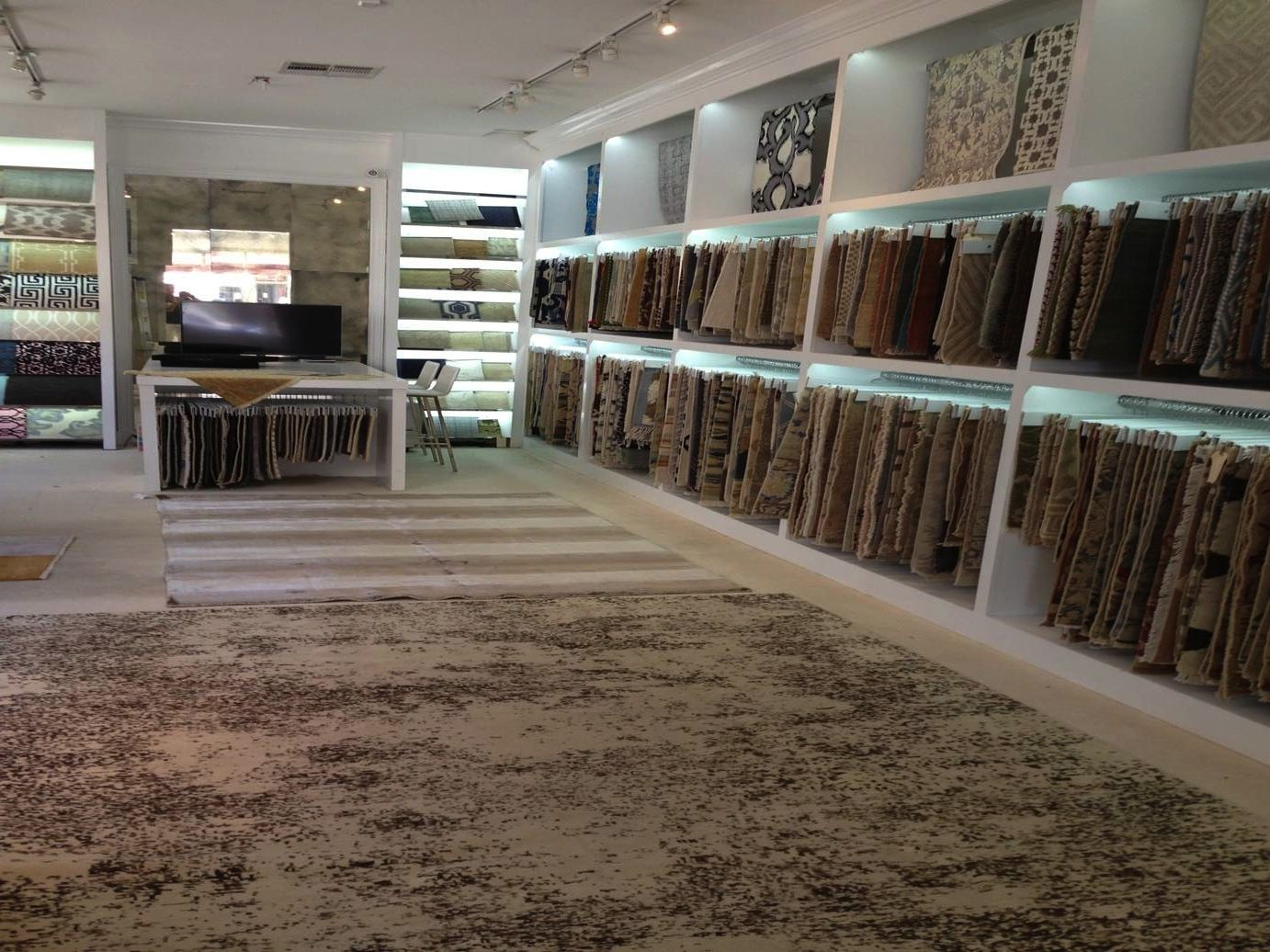 J d staron opens new showroom in la cover magazine for Showroom flooring ideas