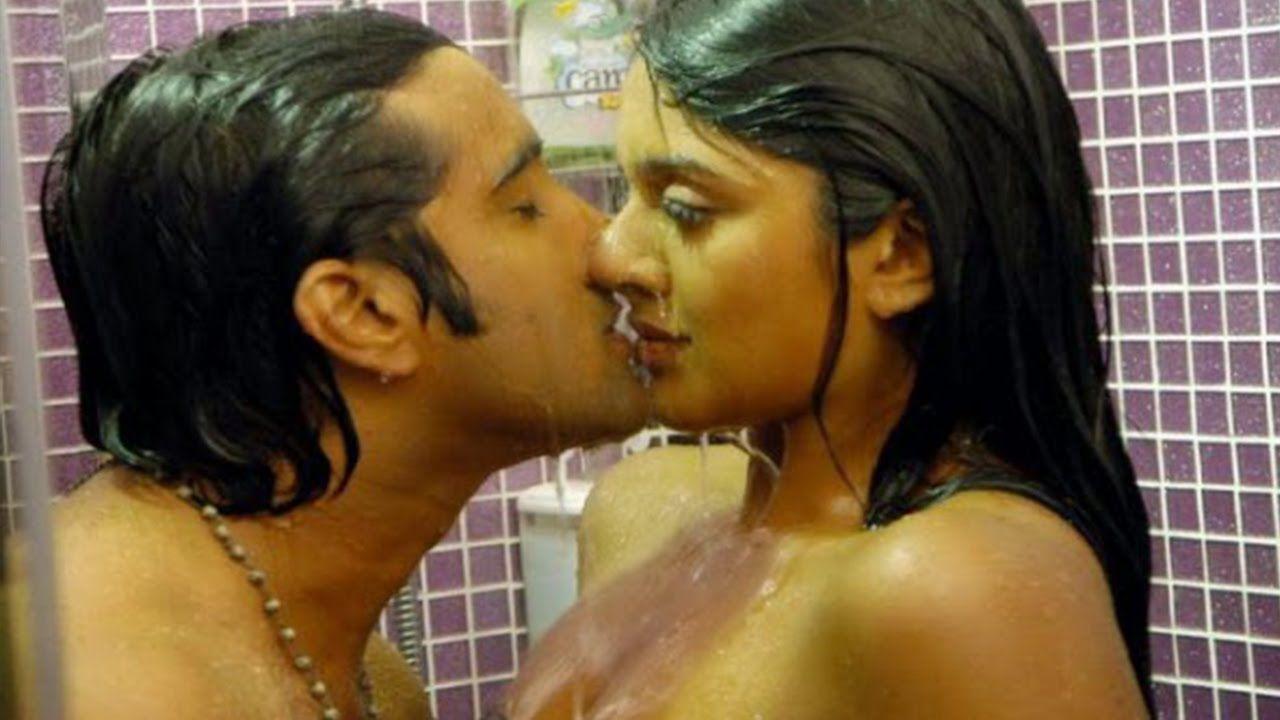 Telugu Movie Hot Lip Lock Scenes In Tollywood  Hot -4219