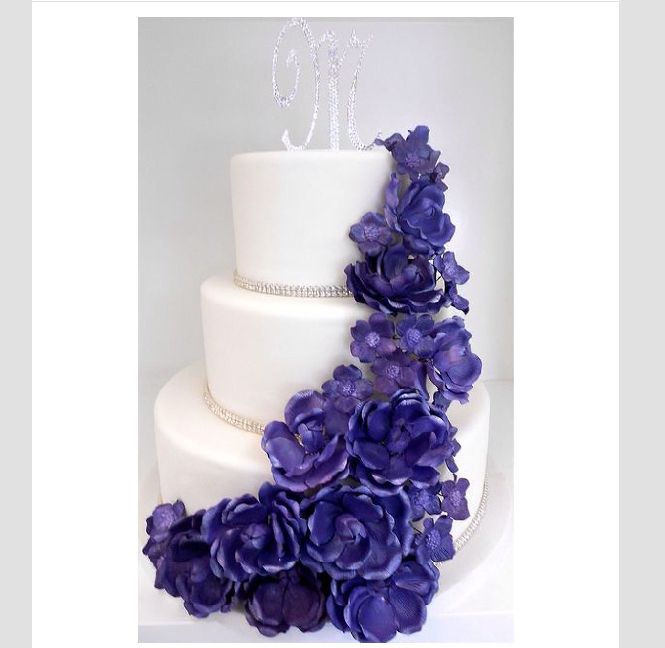 Bling and purple flowers   More wedding cakes   Pinterest   Cake ...