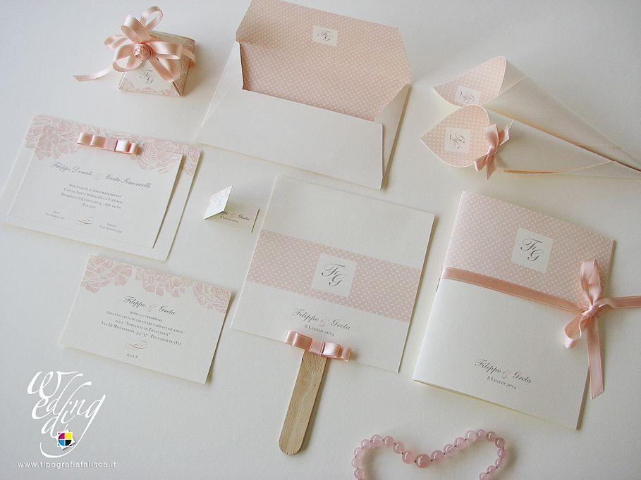Segnaposto Matrimonio Rosa Cipria.Una Romantica Composizione Dai Toni Rosa Cipria Biglietti Di