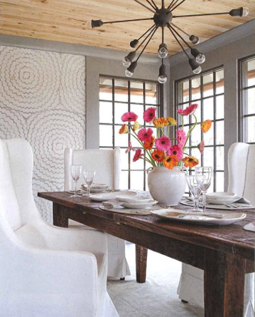 celerie's featherbloom grasscloth is the perfect accent in a