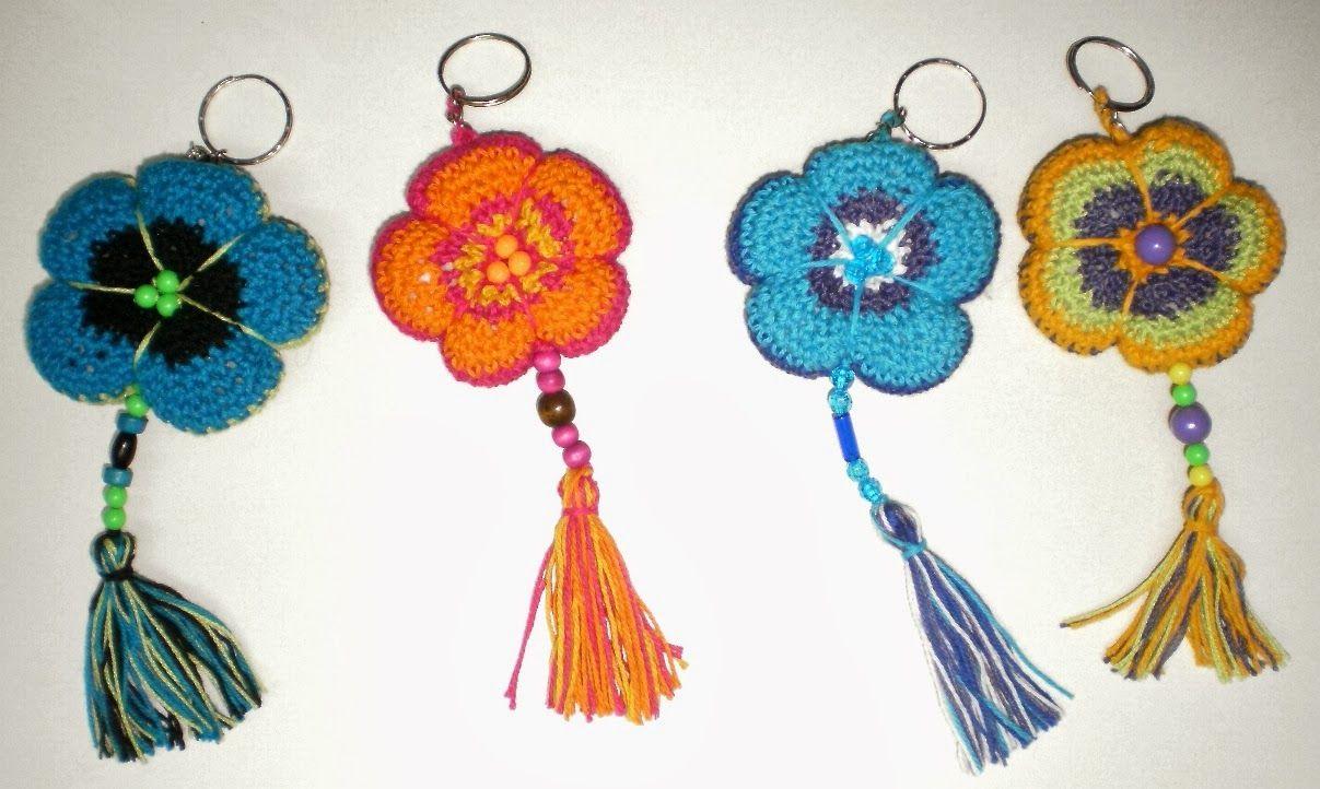 llaveros tejidos en crochet - Buscar con Google   Llaveros ...