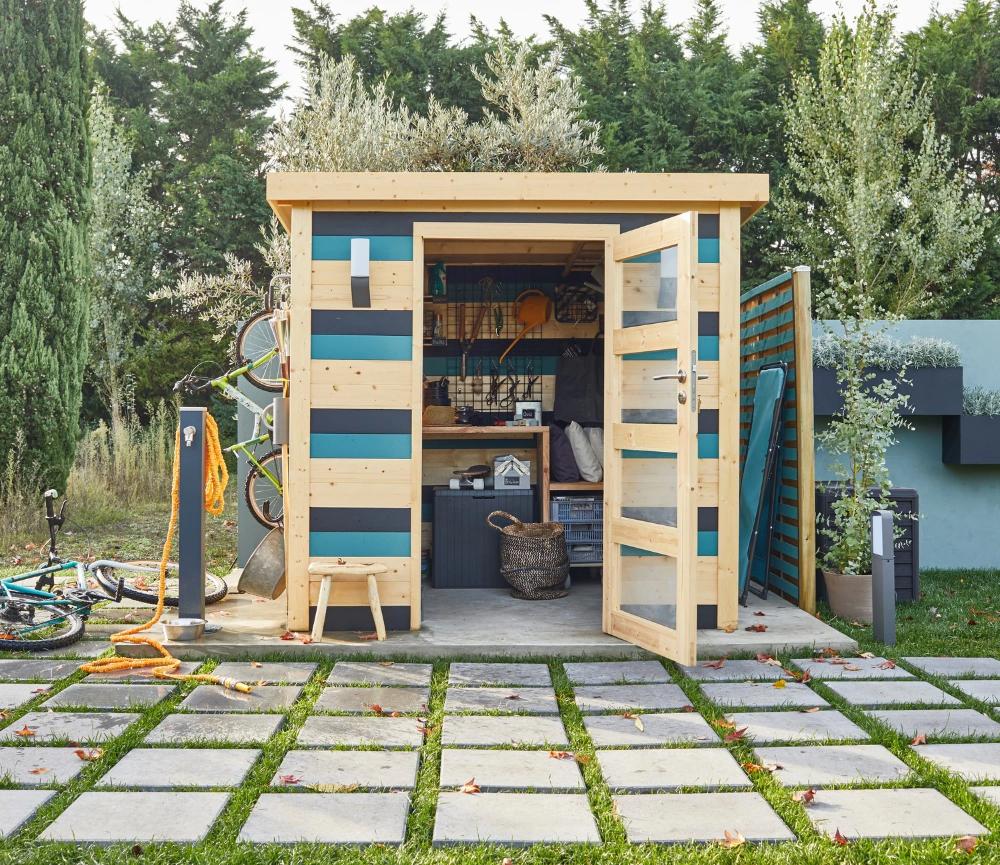 Un abri de jardin en bois au style contemporain  Leroy Merlin en