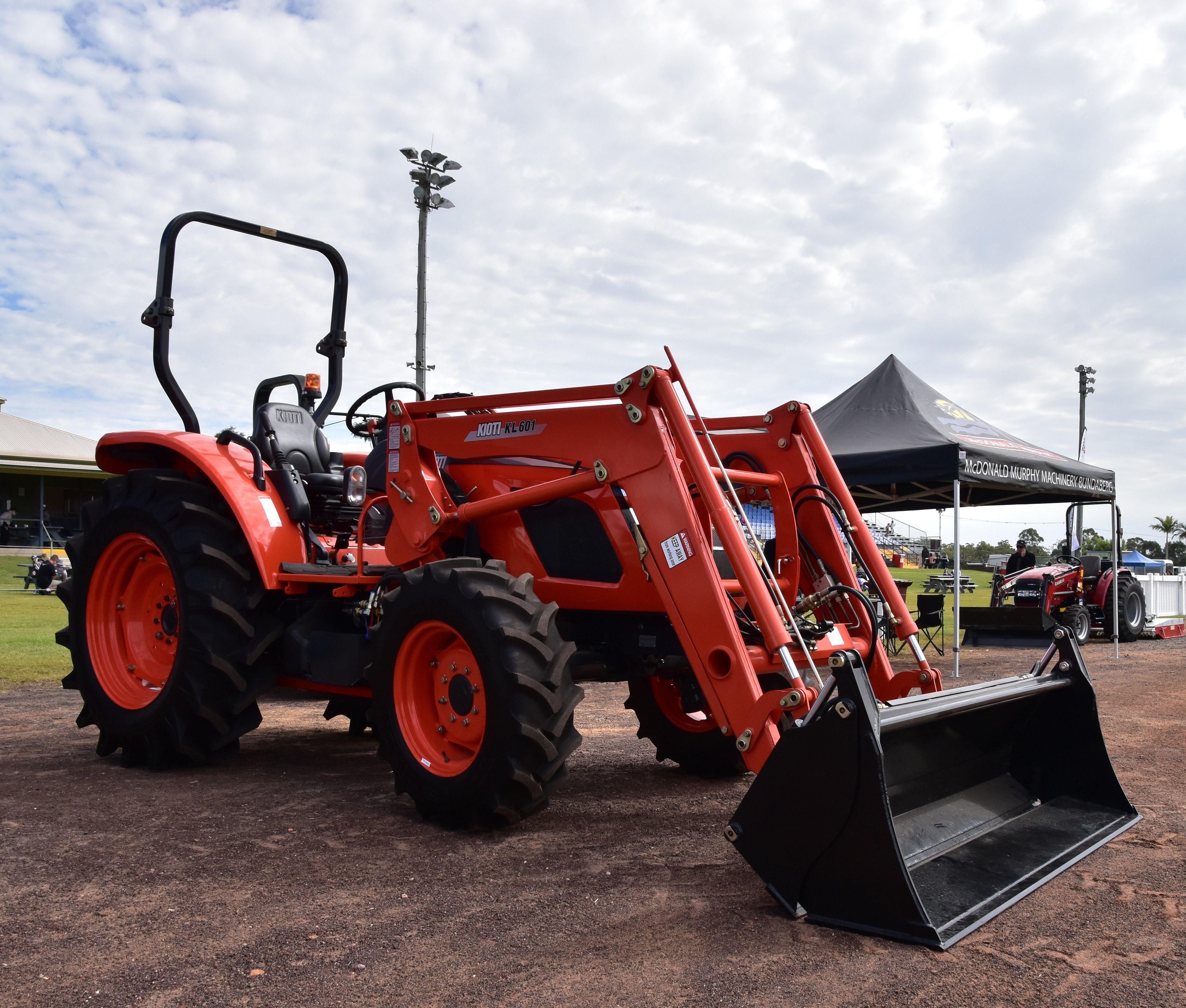 Kioti Rx 6030 Tractor Tractors Farm Tools Farm Machinery
