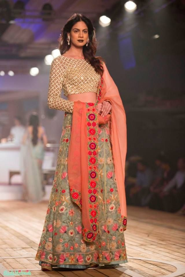 Designer Boutiques In Jalandhar Punjab India Maharani Designer Boutique Couture Week Fashion Indian Fashion