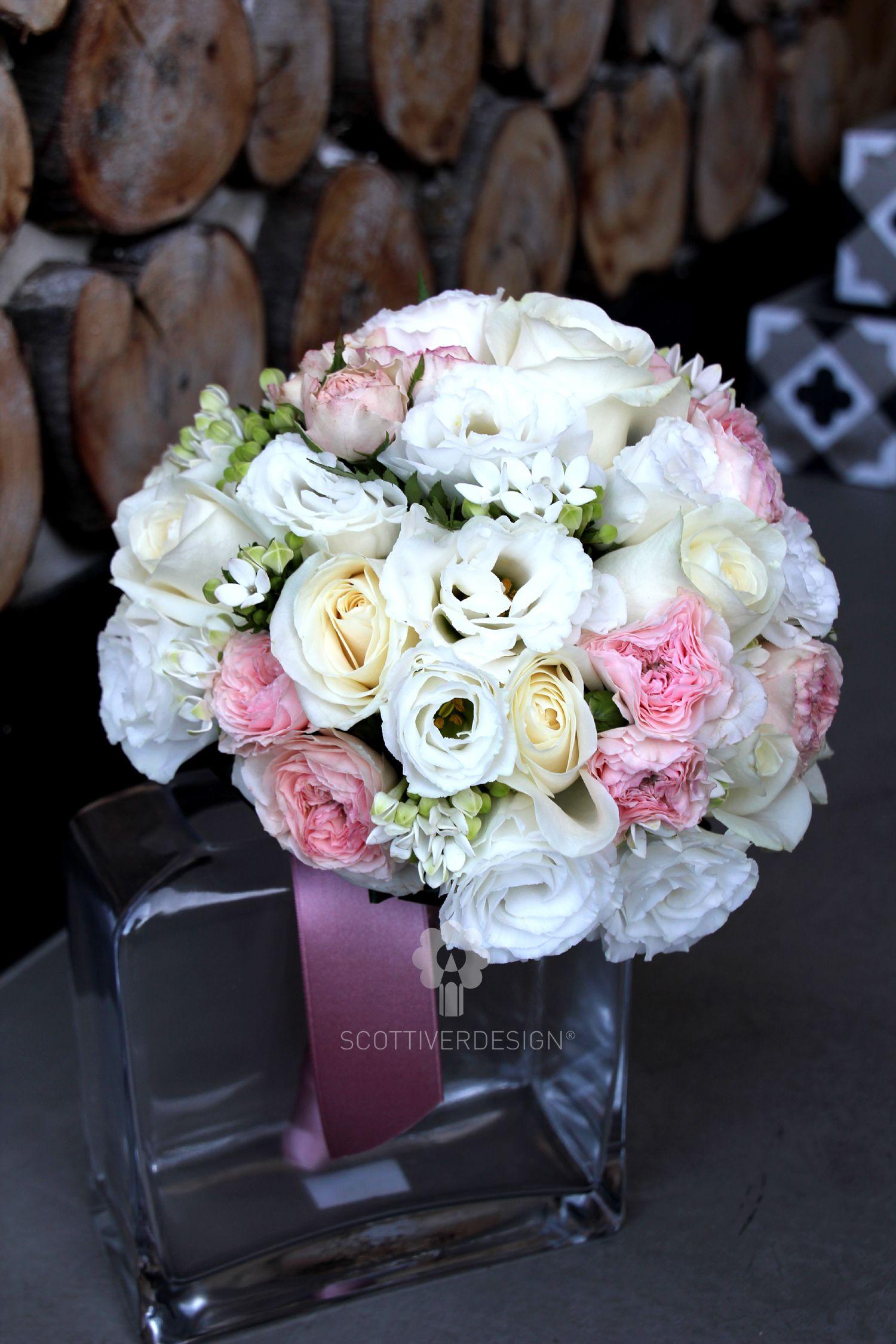 Bouquet Sposa Rosa E Bianco.Bouquet Sposa Dai Toni Del Rosa Cipria Avorio E Bianco