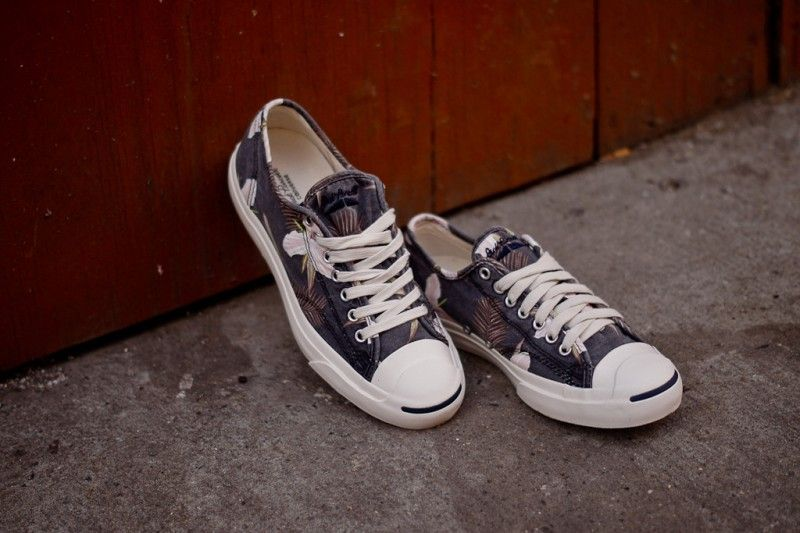 a874bdbcd10f3a Converse Jack Purcell - Navy Floral Print