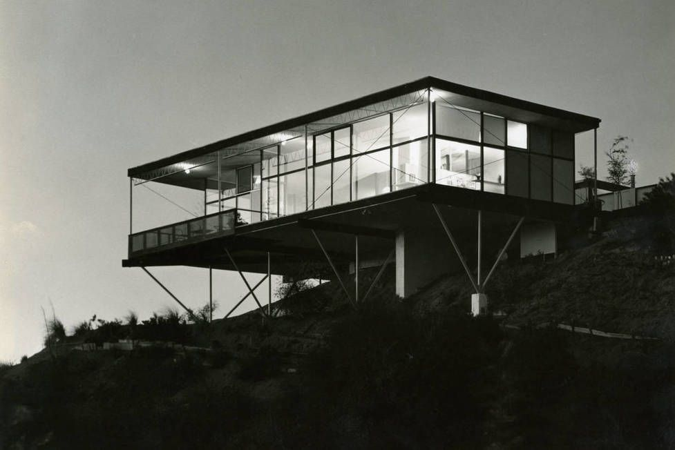 FEATURED FOOTNOTE - A Leading Light, Rediscovered: Greta Grossman's Designs for Living
