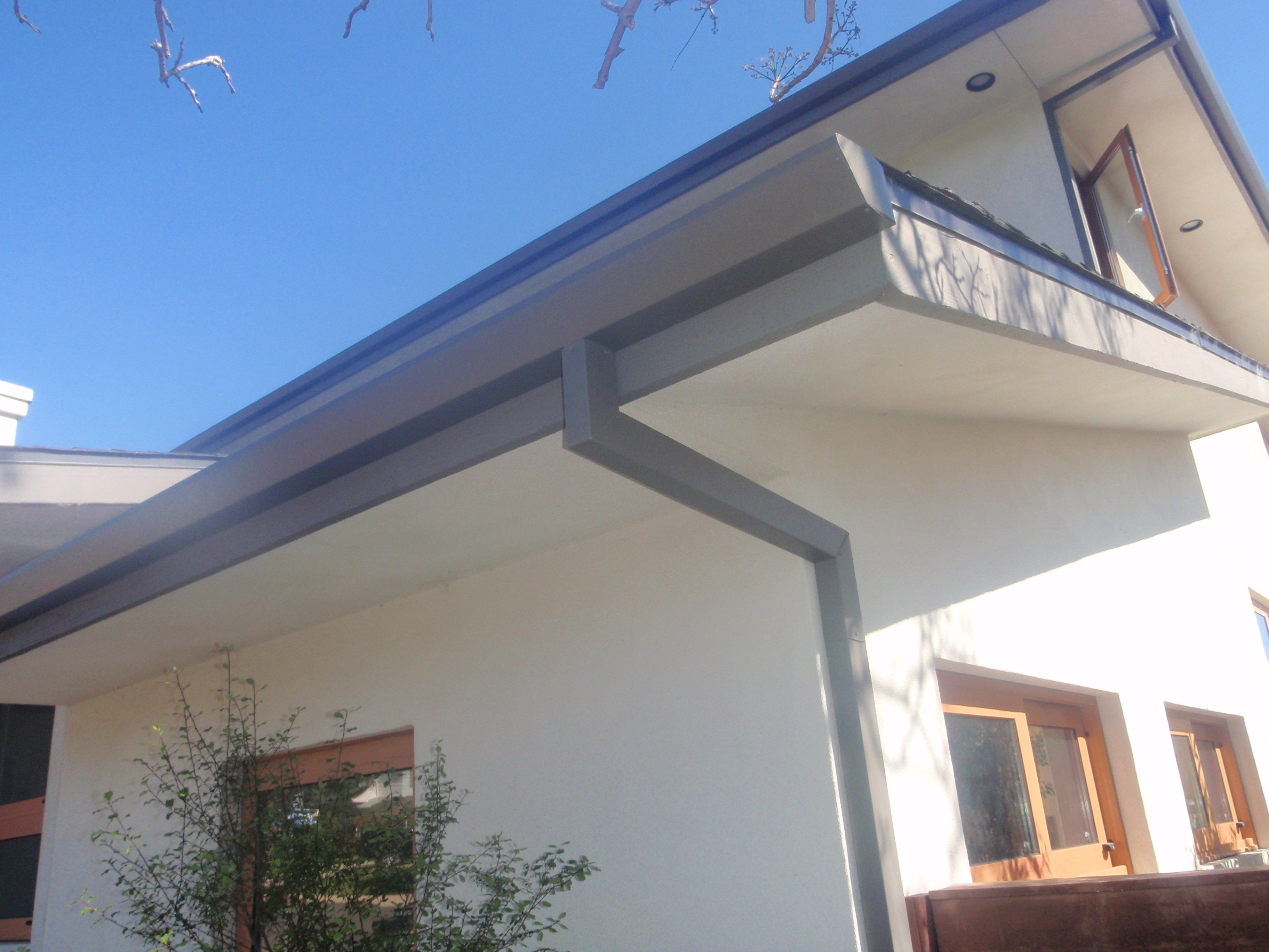 Contemporary House Gutters Google Search Modern Farmhouse Exterior Farmhouse Exterior House Gutters
