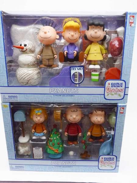 shopgoodwill.com: 2 Set CHARLIE BROWN CHRISTMAS Peanuts Figures NIB