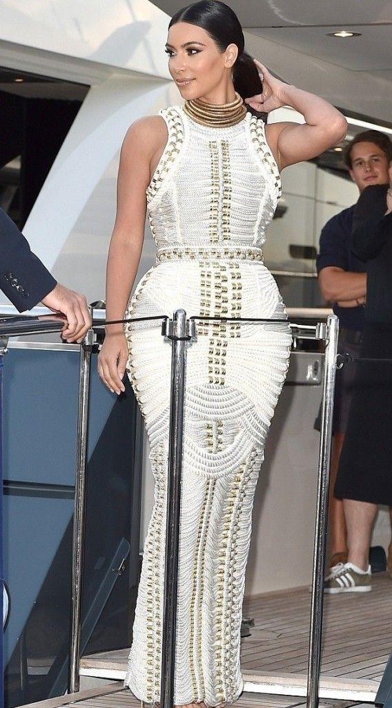 Kim Kardashian in a custom white Balmain dress by Olivier Rousteing 1