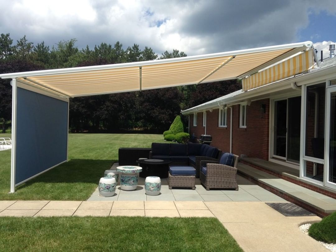 Check out our website and see how all houses can benefit from a little Sunesta love. . . . #sunesta #awnings #motivationmonday #fun #picoftheday #photooftheday #motivation #goals #lifestyle #igers #inspiration #happiness #smile #instalove #couple #outdoors #backyard #backyardbliss #home #homebeauty #homeandliving #love