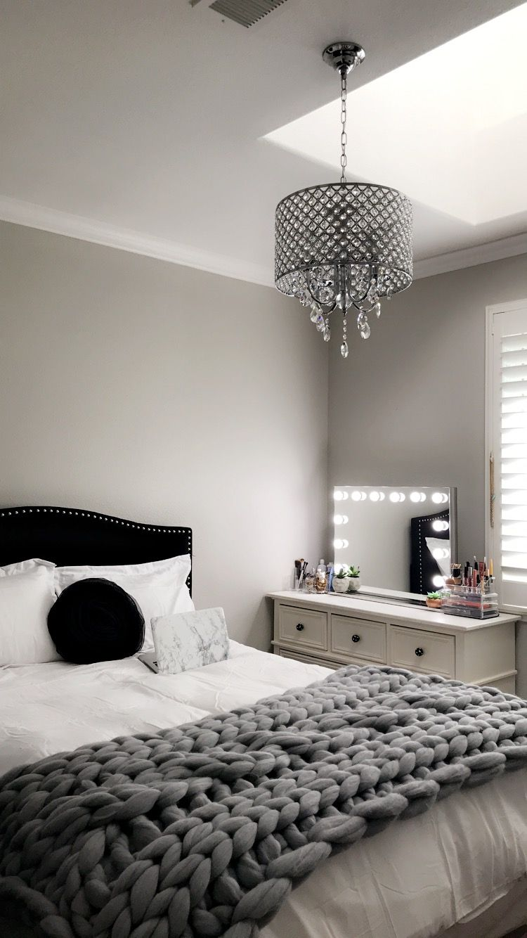 Silver Black White Bedroom White And Silver Bedroom Silver