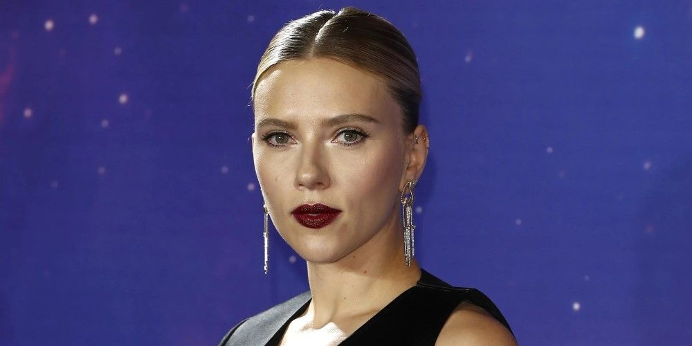 Scarlett Johansson Net Worth 2020 In 2020 Scarlett Johansson Net Worth Scarlett