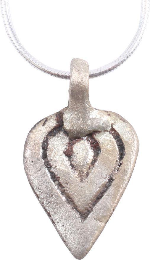 VIKING HEART AMULET C.900-1050 A.D