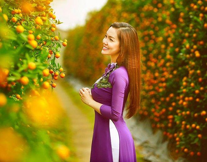 Ngọc Anh Diện Ao Dai Dạo Vườn Xuan Ao Dai Hinh Áº£nh Dao Cập nhật tin tức mới nhất về chủ đề đời sống như đời sống xã hội đời sống hôn nhân gia đình. pinterest