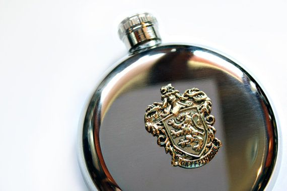 Gryffindor Crest Flask Harry Potter Gift Inspired Hogwarts Liquor Hip Flask Round Stainless Steel 5 oz
