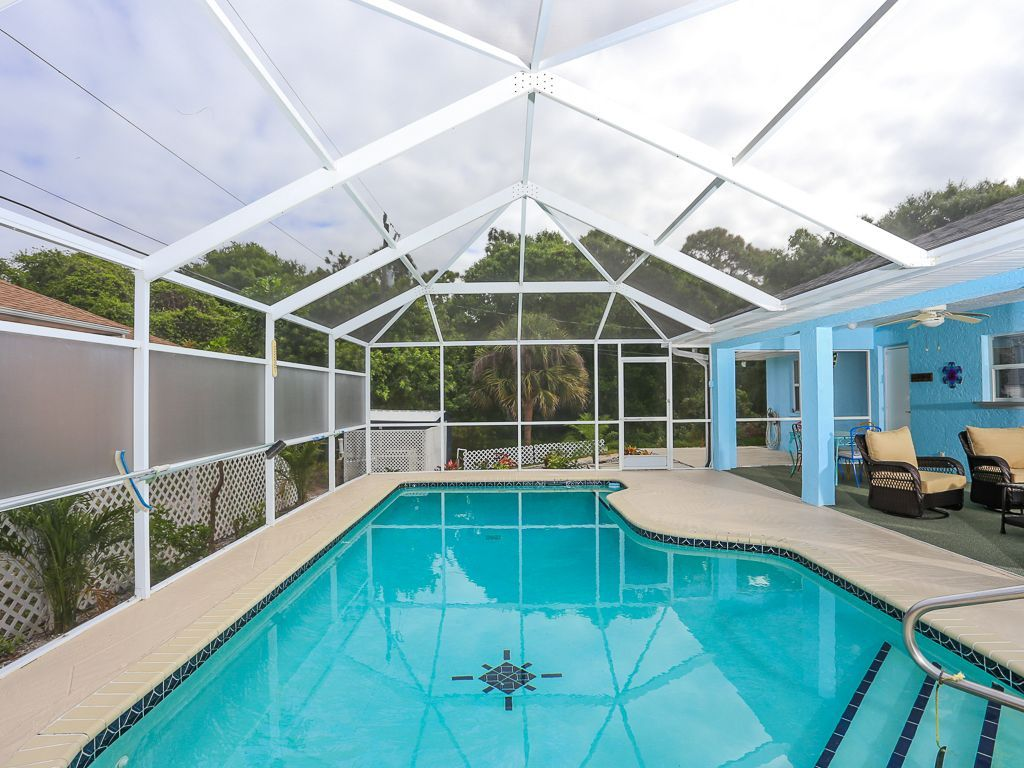 758300 beautiful south venice home with a