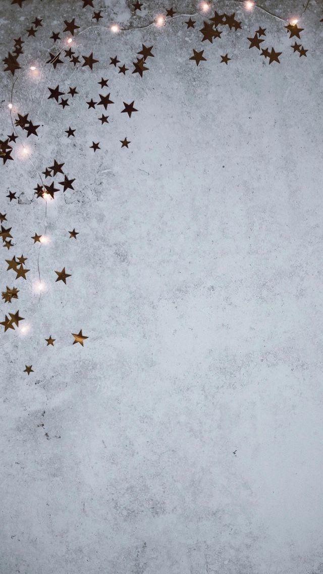 #Tapeten #Telefon #Telefon #android #Einfache #ästhetische #Sterne #Grau #Rosegold #Girly gray background #simpleaestheticwallpaper einfache und ästhetische hübsche roségoldene sterne und graue handytapeten für iphone und android Night Game Background Hier herunterladen:…Hellblaue Aquarell-handgemalte Blumen light blue backgroundSCHÖNE IPHONE HINTERGRUNDBILDER SIND AUCH SEHR…Hitze-gelber Design-Licht-Hintergrund light background #rosesaesthetic
