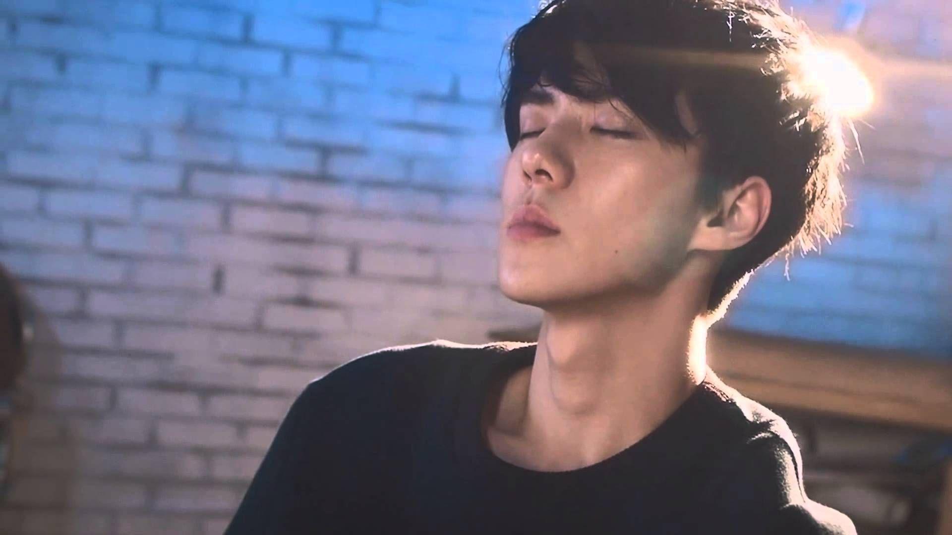Sehun, Exo background ...