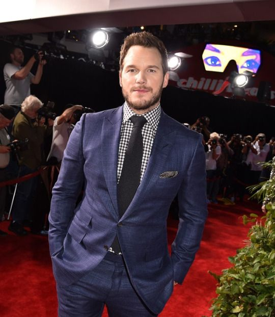 "Chris Pratt attends the Universal Pictures' ""Jurassic World"" premiere at the Dolby Theatre on June 9, 2015 in Hollywood, California."