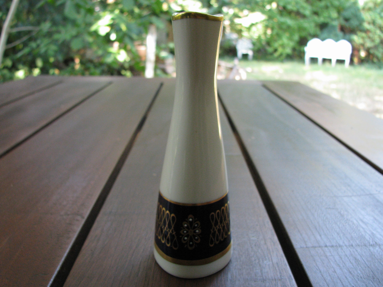 Vintage Weisse Vase Dekor Gold Kobalt Blau Aelteste Etsy Vase Weiss Vasen Dekor Vintage Vasen