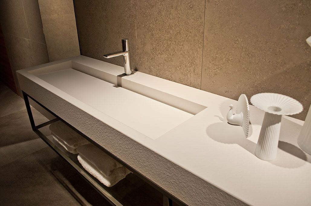 #Cersaie2014. Bathroom with Fade Series on walls & Foster iTOPKer porcelain countertop.