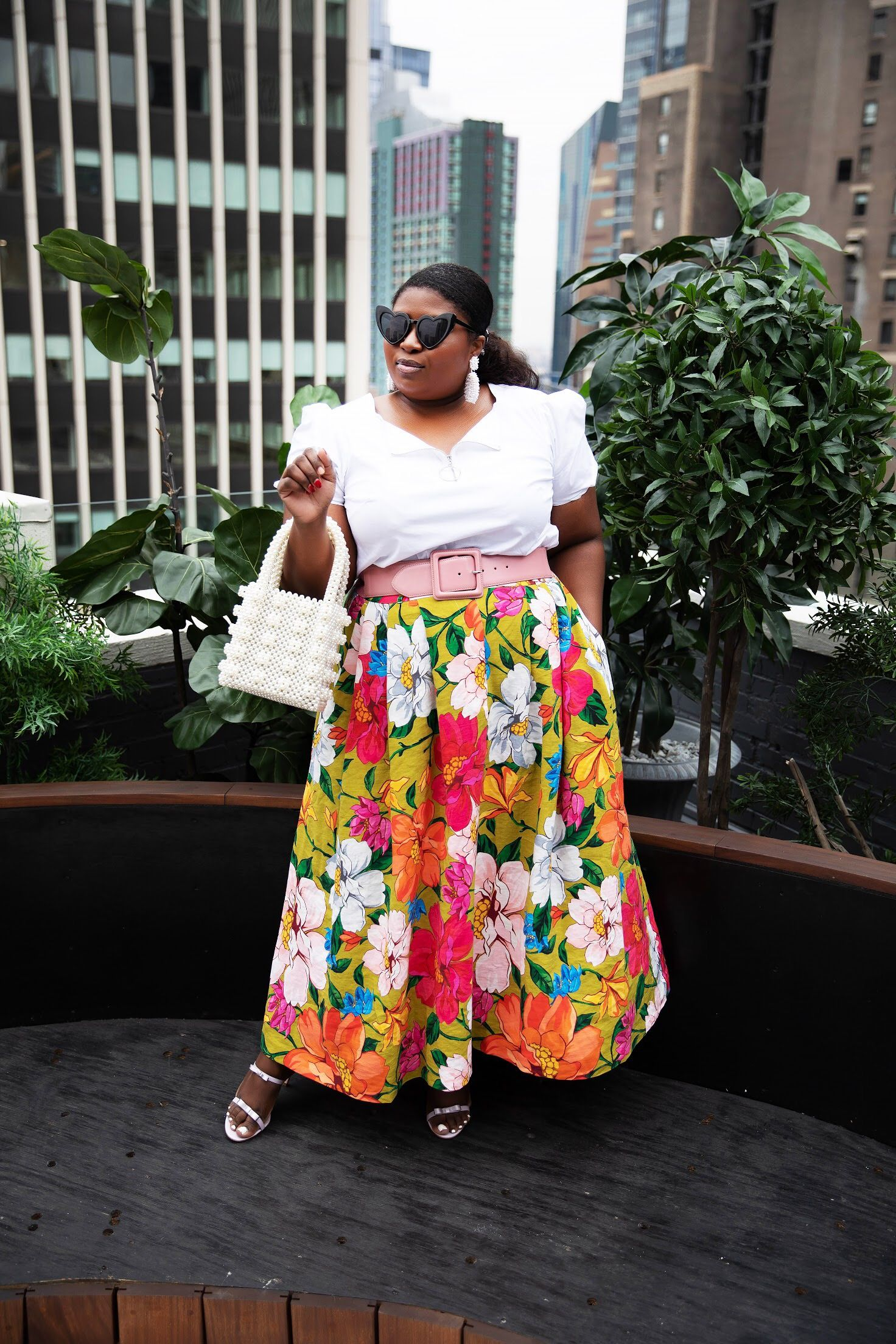 b21c177d50da The Floral Skirt Modernized for Spring | My Style in 2019 | Skirts ...