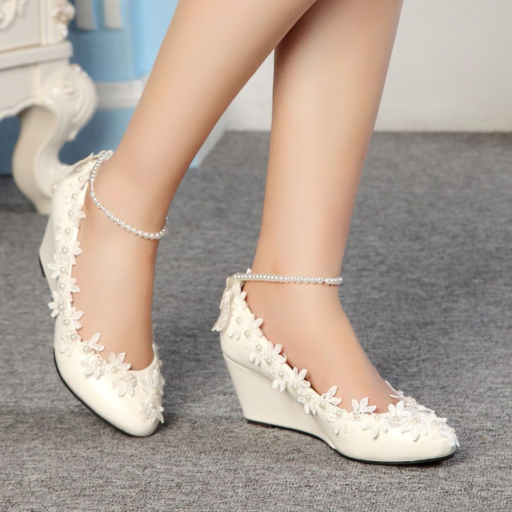 485706595eef Fashion Lace white ivory crystal Wedding shoes Bridal flats low wedge high  heels  Laceup